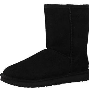 UGG Adult Woman's Classic Short II Boot size 7